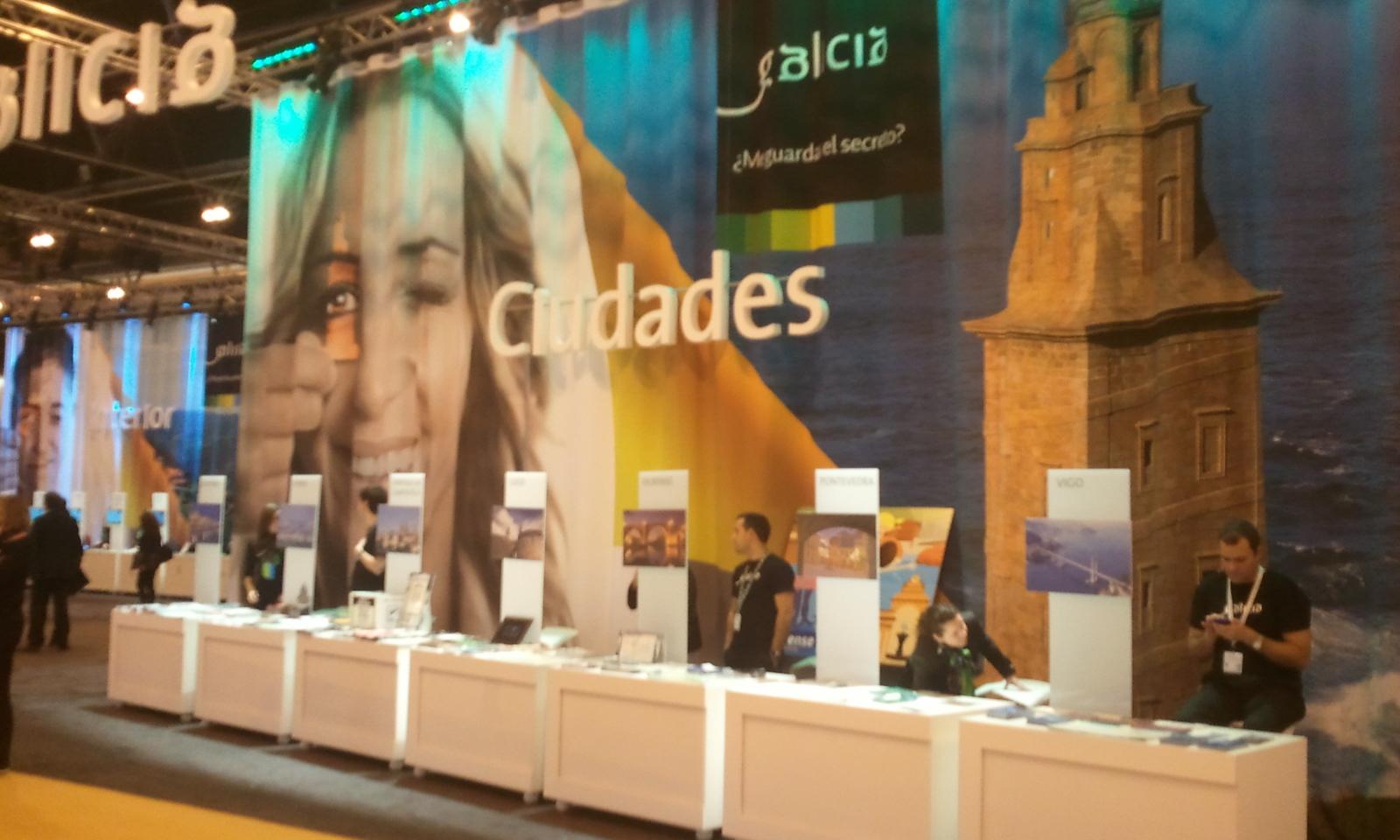 Mostradores das cidades galegas en Fitur
